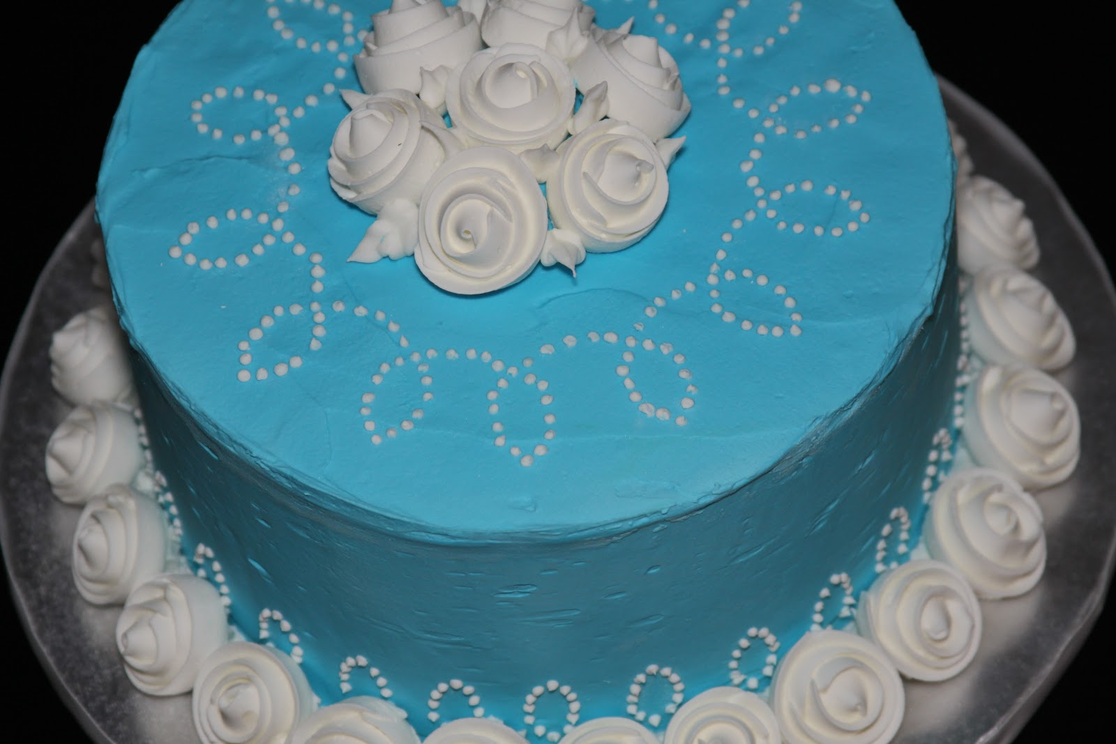 Fondant Cake Decorating Classes Michaels : Wilton Decorating with Brooke Lakey at Michaels