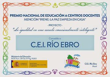 """Premio Nacional de Educación a centros docentes mención """"Irene: La paz empieza en casa""""."""