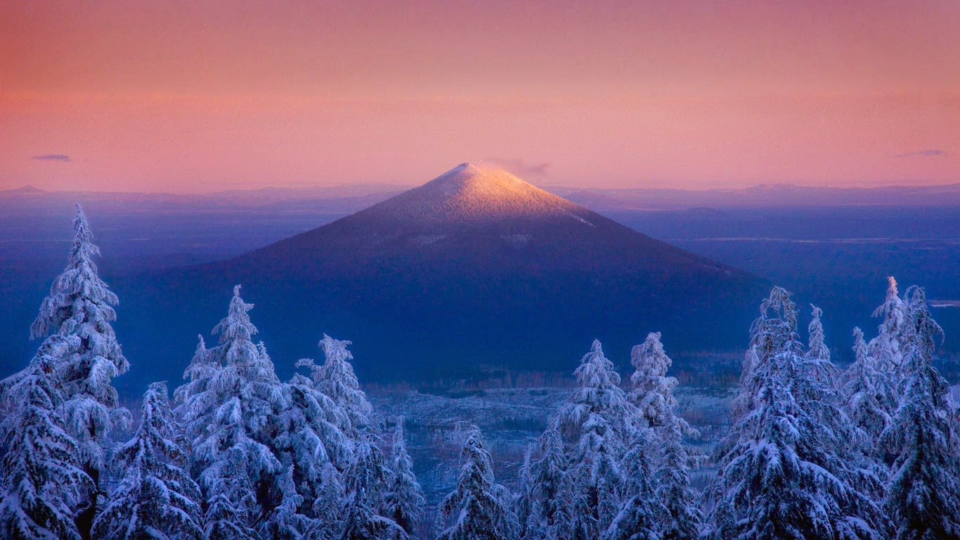Black Butte, seen from the Mount Jefferson Wilderness, Oregon (© Marc Adamus/Aurora Photos) 288