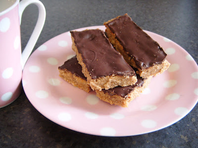 Peanut Butter Traybake Bars (Vegan)