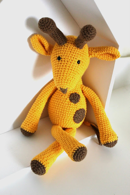 żyrafa na szydełku, żyrafa szydełkowa, crochet giraffe, giraffe, amigurumi,