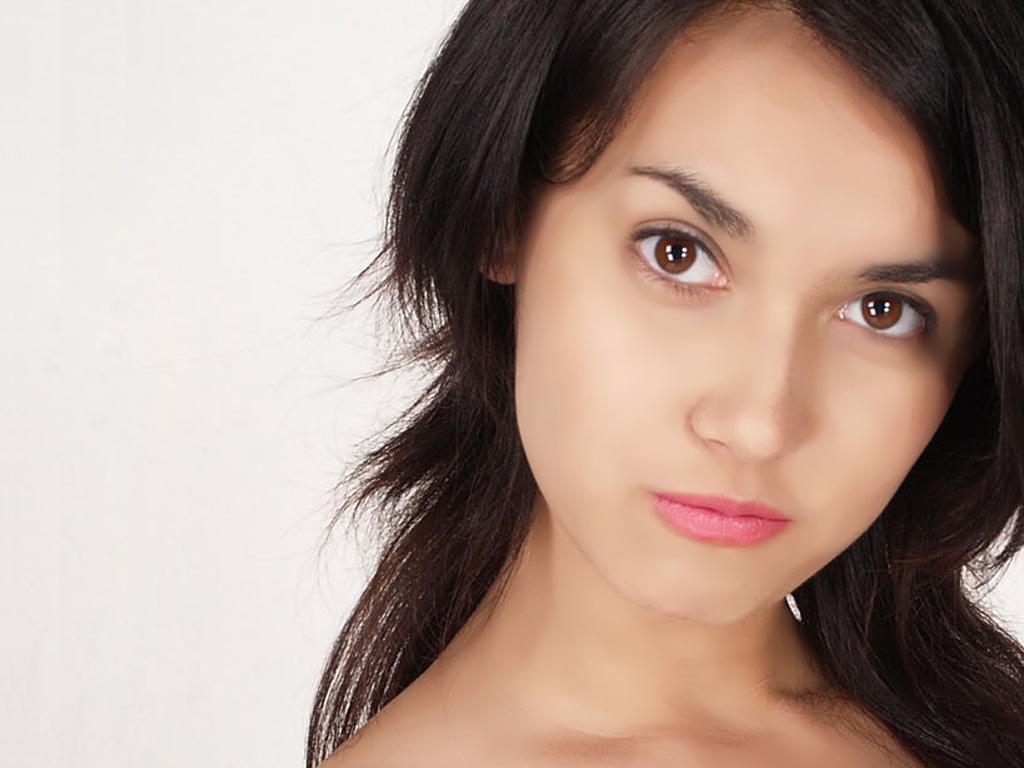 VIVAnews - Foto bintang porno asal Jepang, Maria Ozawa alias Miyabi