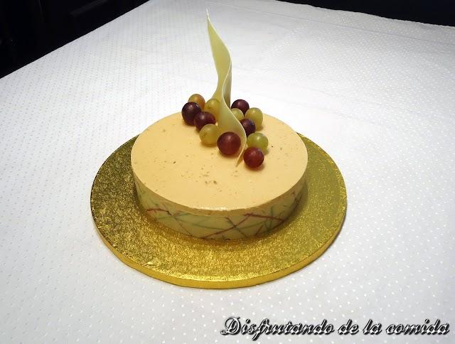 Tarta de Bavaroise de Turrón y Mousse de Moscatel