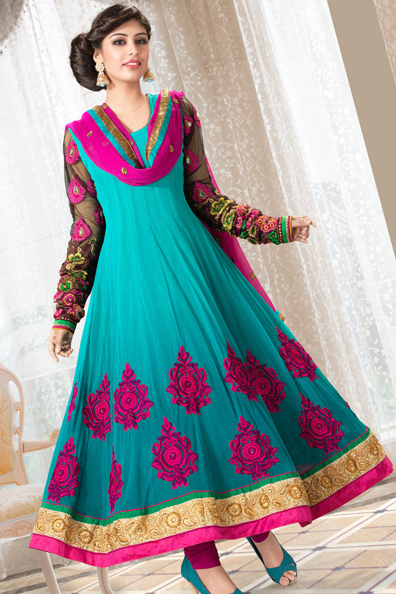 Latest Frock Suits http://latestfashion-today.blogspot.com/2013/01/anarkali-suits_14.html#!