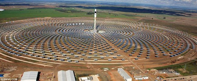 first solar power station that generates electricity at night