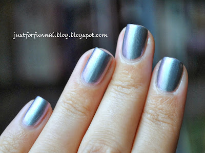 Pupa - Iridescent Silver (001) Swatch - From Cosmic Beauty Fall Collection