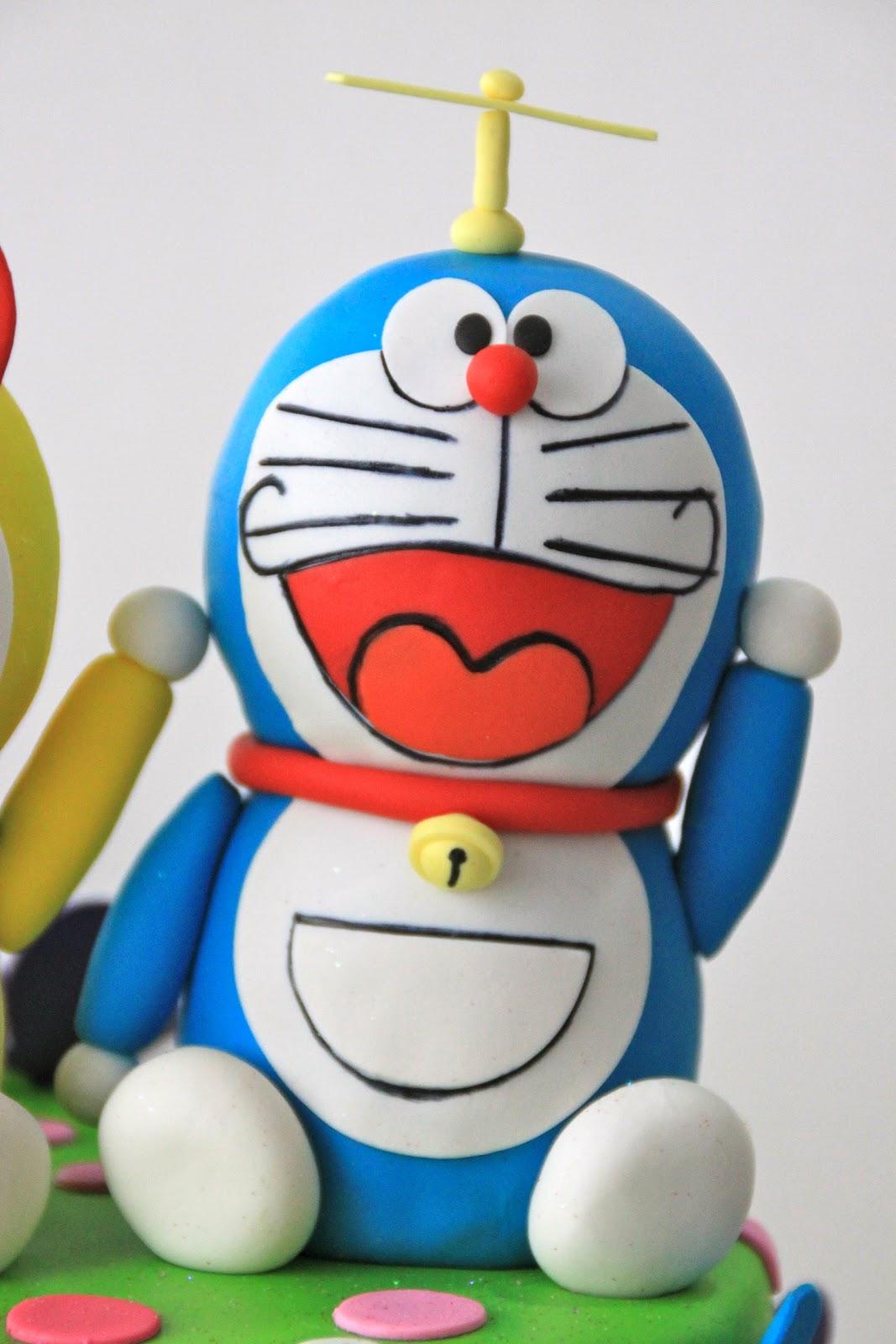 Celebrate with Cake!: Doraemon and Dorami Cake