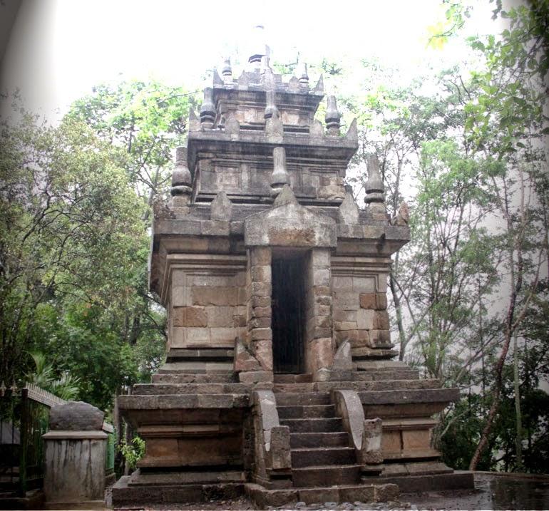 Peninggalan Hindu Candi Cangkuang