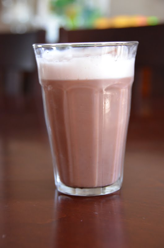 Chocolate egg cream using skim milk