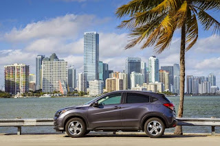 Dengan berlalunya Element yang menurun, serta semakin kurang menguntungkan dari Model Crosstour, Pecinta Honda menginginkan mobil SUV yang lebih kecil