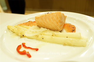 Poached Canadian Salmon with White Asparagus