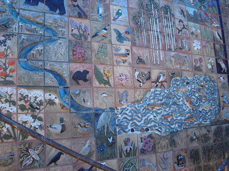 Stay on route 6 top 10 the prettiest coolest most for 6 blocks from downtown mural