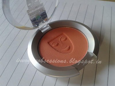 Kryolan Blush in TC1, Coral Orange Blush for Indian Skintone, Coral Blush for Olive skintones