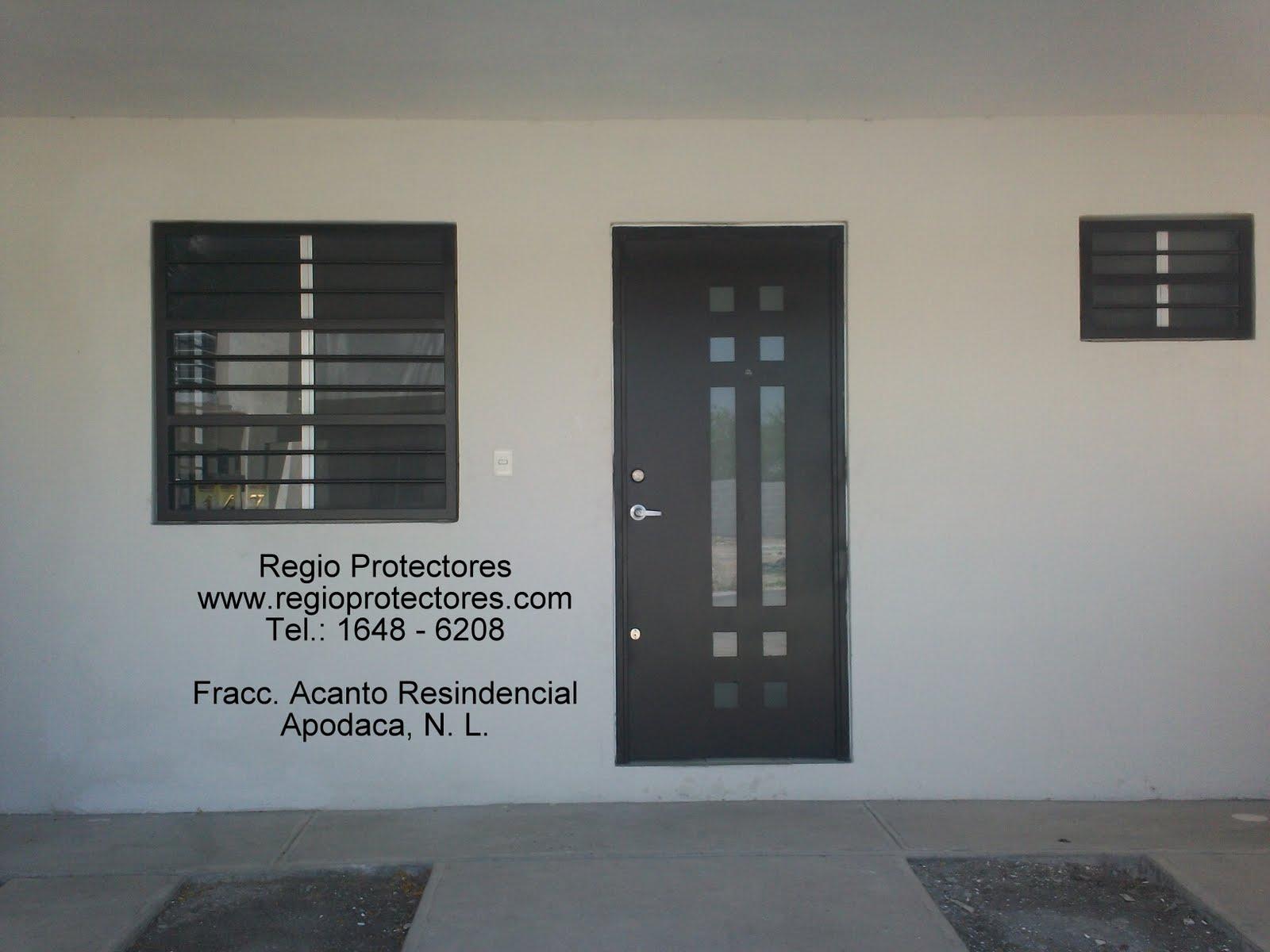 Puerta principal contemporánea, Fracc. Acanto, Apodaca 02