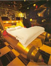 Crack Diamonds Lost Dreams Of Japanese Love Hotels