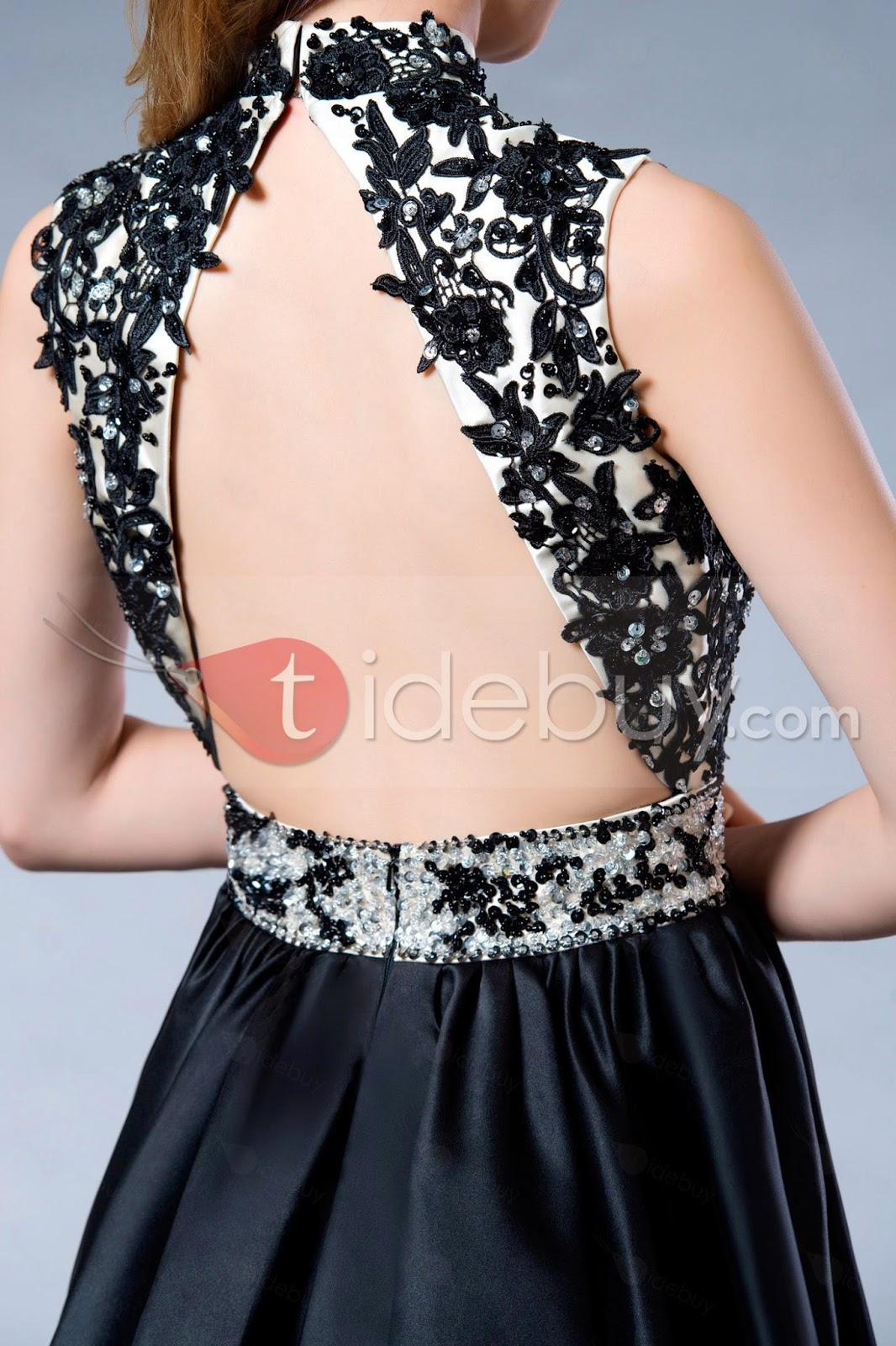 http://es.tidebuy.com/producto/Vestido-de-Dama-de-Honor-con-Silueta-L%C3%ADnea-A-Sin-Espalda-Largo-Mini-10792769.html