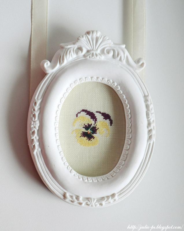 Marie-Thérèse Saint-Aubin, MTSA, Pensées et violettes,  Soleil d'hiver, анютины глазки, вышивка крестом