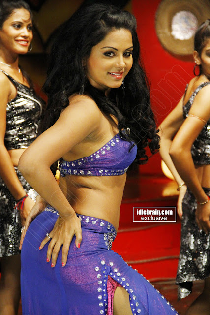 Rachana Mourya Hot Dance Pics - Navel Show