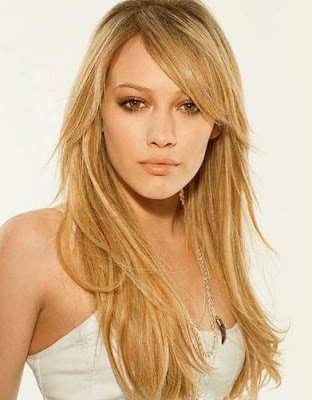 Hilary Duff long straight hairstyles