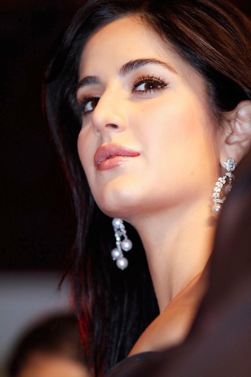 cute Katrina Kaif at Auto Car India Awards 2009 hd