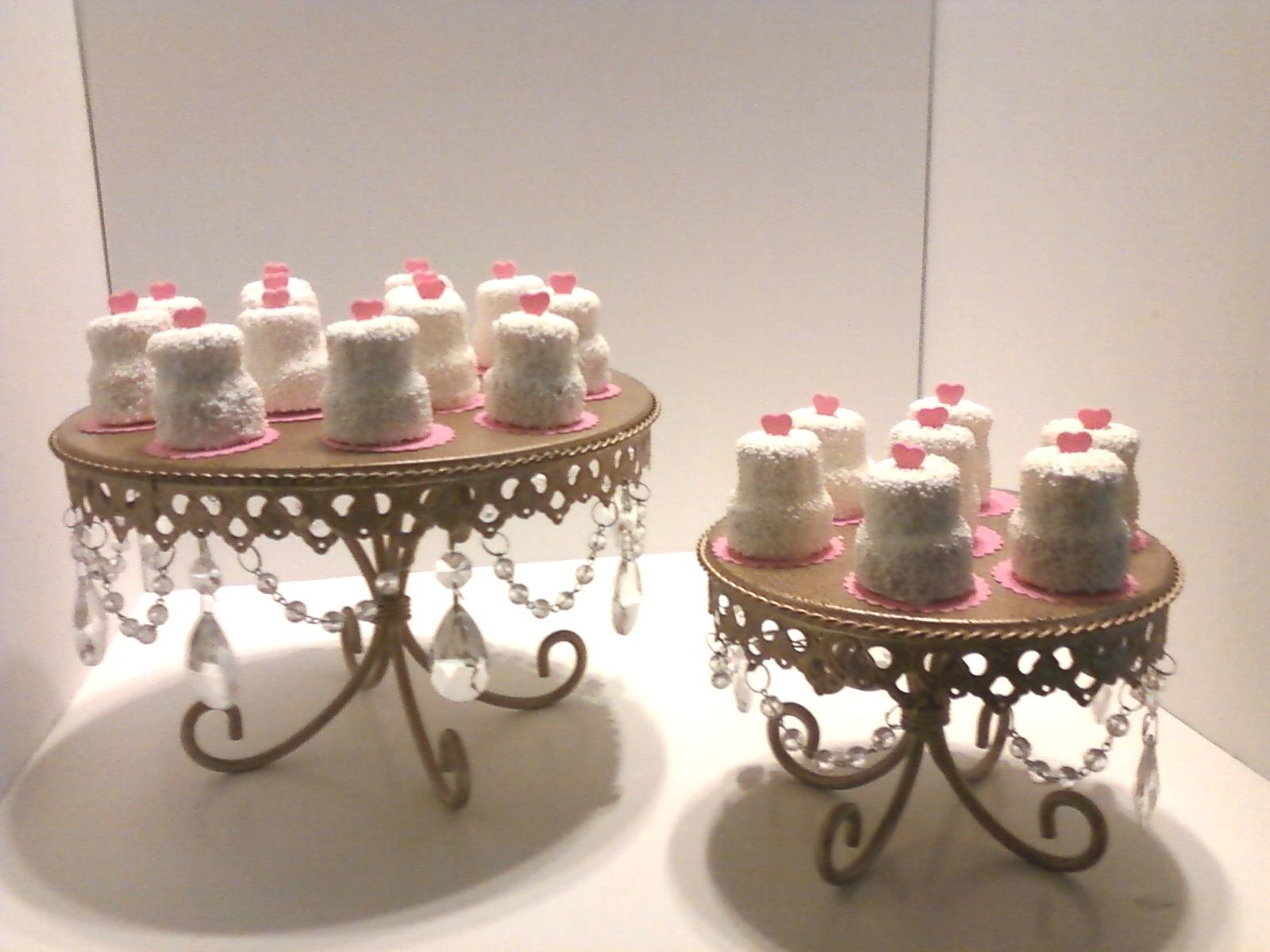 MAD House Cakes: Mini Wedding Cake Truffles