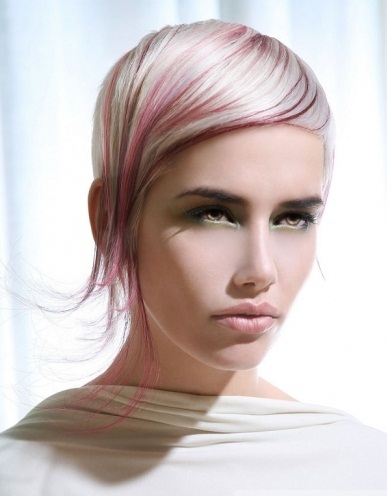Stylish Blonde Hair and Pink Highlights 2014