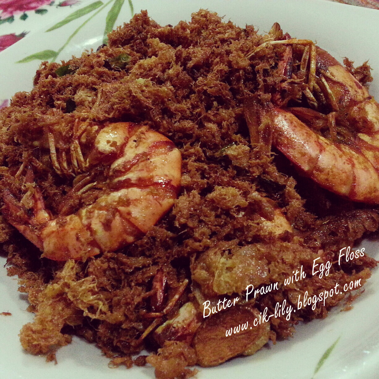 Lil Talk by Miss Lil': Chef Lily : Butter Prawn with Egg Floss