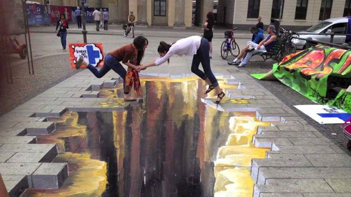 seni 3 dimensi Jurang di jalan trotoar