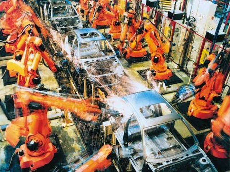 industrial car manufacturing robots