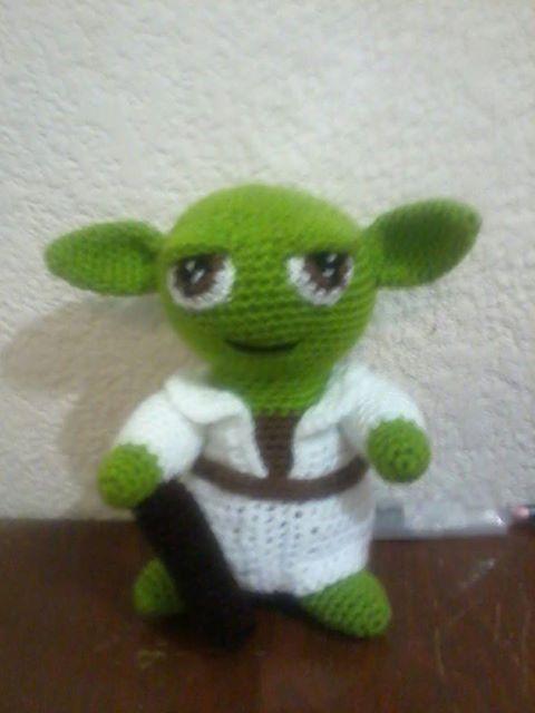 Amigurumi Maestro Yoda : NOVEDADES JENPOALI: PATRON YODA AMIGURUMI