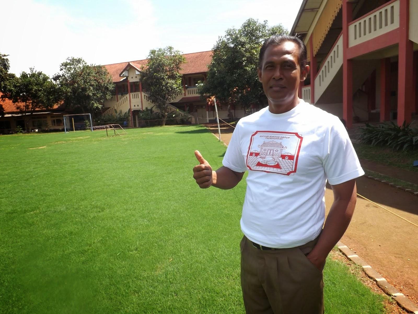 Drs. Kusmin, M.Pd, Penerima Anugerah Mahkamah Konstitusi Juara 2 Nasional