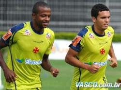 Diego Rosa comenta primeiro jogo pelo Vasco: 'Fiquei emocionado'