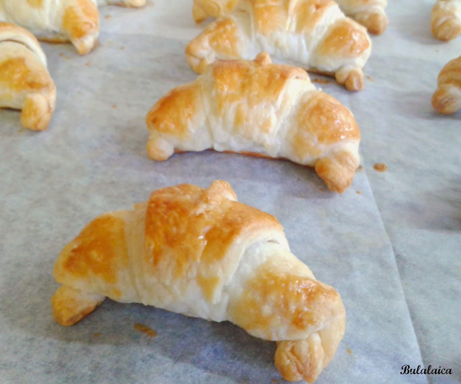 Mini croissants rellenos de NUTELLA