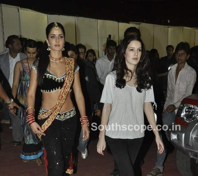 The gallery for --> Katrina Kaif Brothers And Sisters