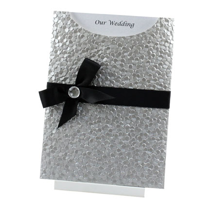 Silver Embrace Silver Black Wedding Inspirations The Best Wedding Ideas