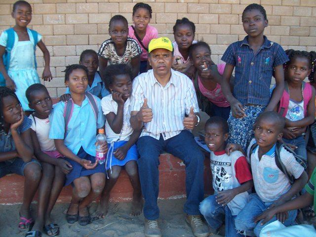 PASTOR OSEAS N'AFRICA