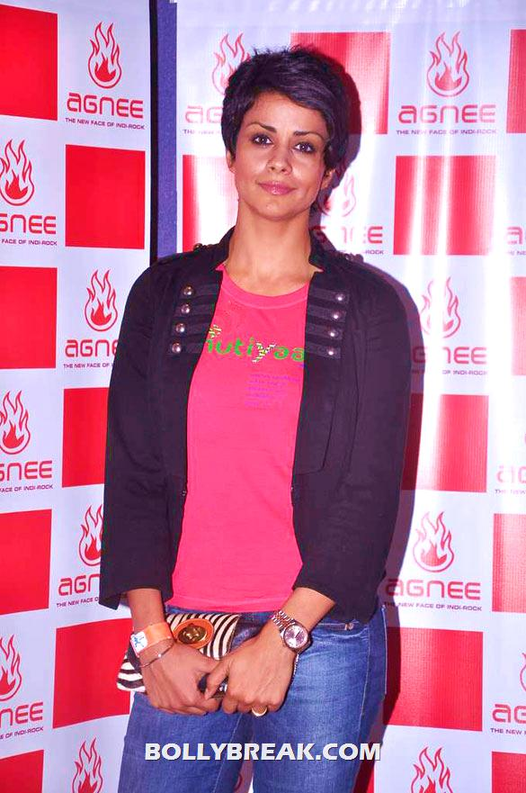 Gul Panag - (11) - Gul Panag, Mrinalini Sharma and others at Agnee's Bollywood debut gig