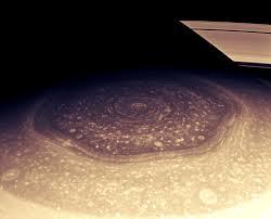 Το μυστηριώδες «εξάγωνο» του πλανήτη Κρόνου
