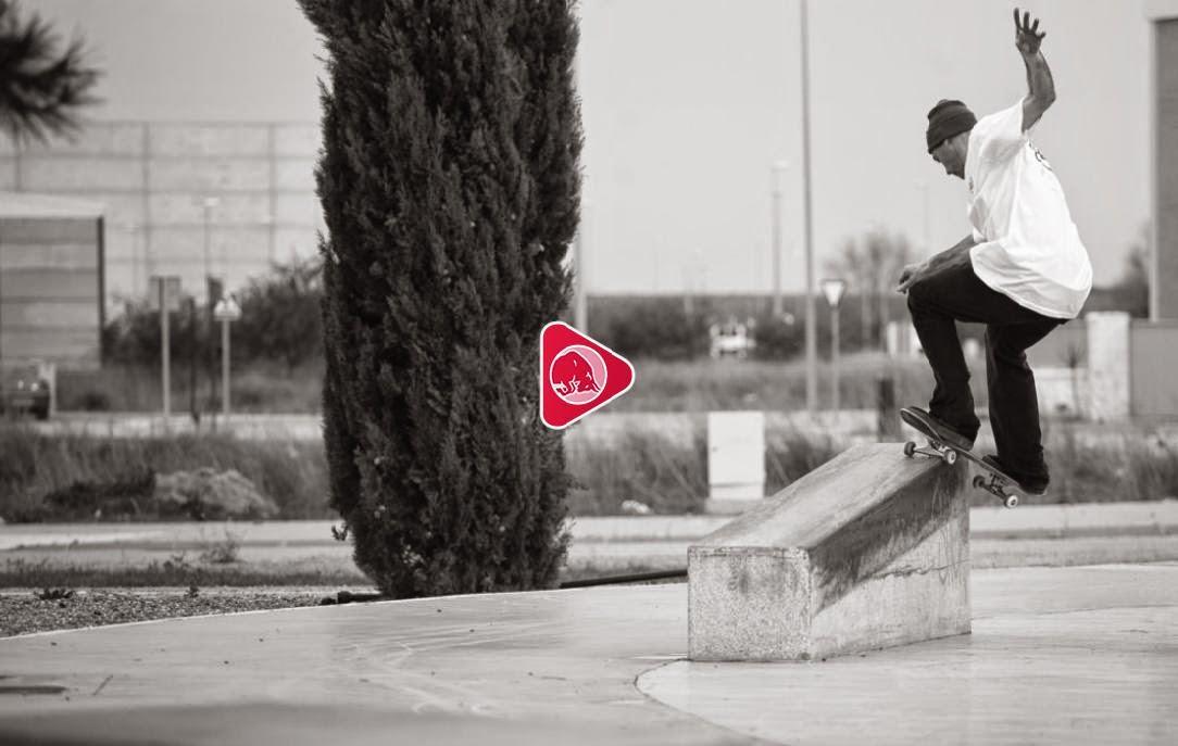 http://www.redbull.com/es/es/skateboarding/stories/1331699711417/skate-flamenco-andalucia-capitulo-1
