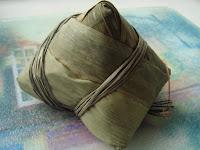 glutinous rice dumplings 粽子