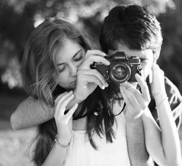 El amor no mira con los ojos  ni con la razón,sino con el alma
