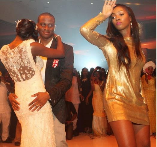 tiwa-savage-at-first-bank-manager-daughter's-wedding