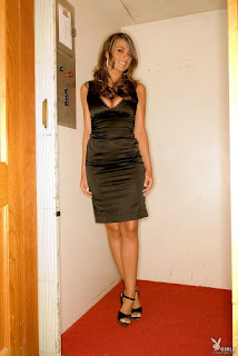 Adult Picture - rs-aden-bianco-elevator-playboy-01-723077.jpg