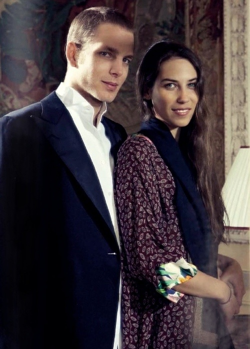 Andrea casiraghi tatiana santo domingo consider