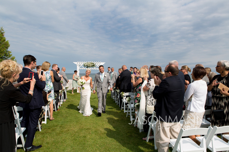 Outdoor summer wedding in Door County. Photo by Jason Mann Photography, 920-246-8106, www.jmannphoto.com