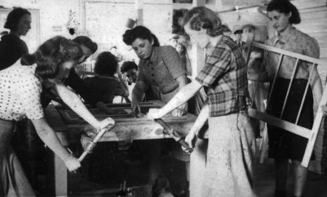 photo essay on holocaust