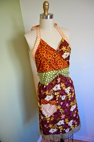Patternless Kitschy Apron