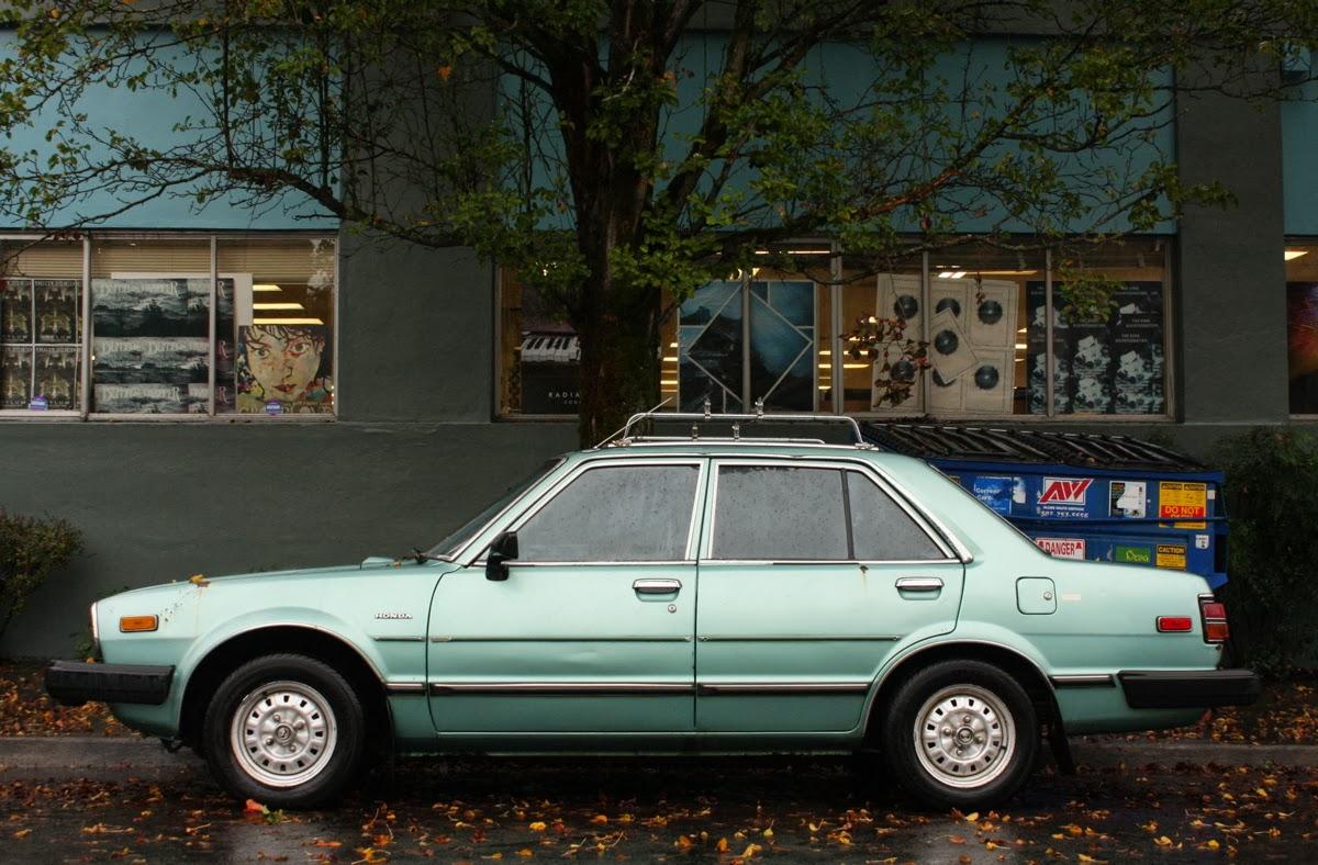 OLD PARKED CARS.: 1981 Honda Accord.