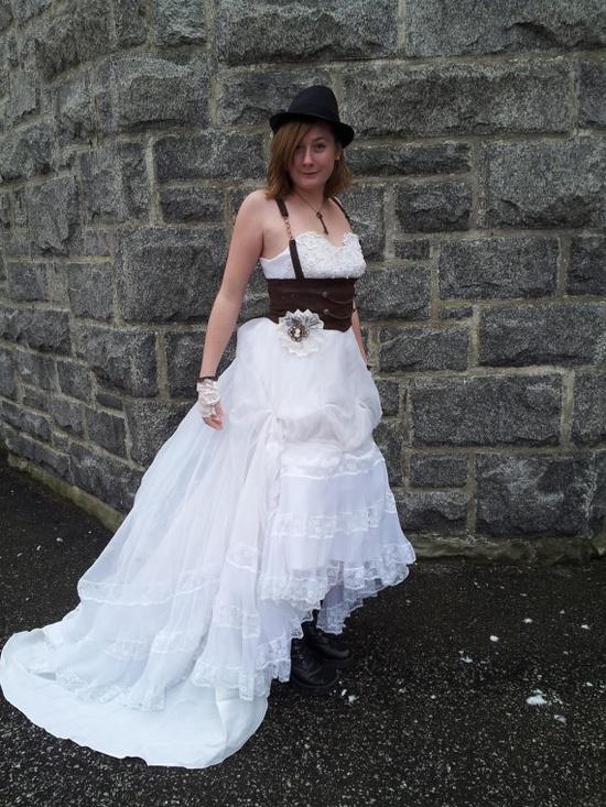 Devilinspired wedding dresses fantastic steampunk wedding for Wedding dress steaming