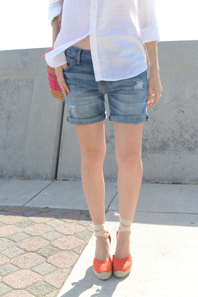 jean shorts and red espadrilles, easy summer outfit via M Loves M